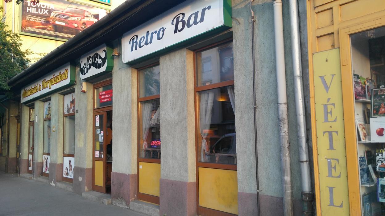 kocsmaturista_bajusz_retro_bar