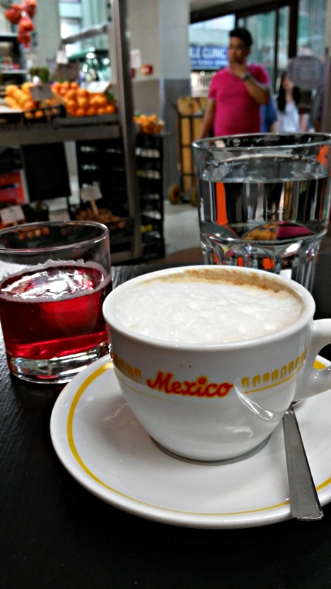 kocsmaturista_bologna_greenbar_mercatodelleerbe_camaprisoda_cappuccino