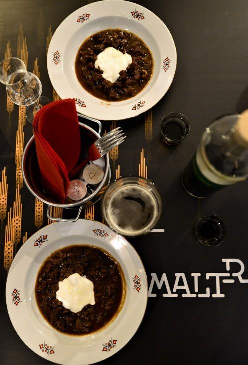Rókafogta pörkölt Hekkelberg Fux sör hozzáadásával a MALTeRben - Kocsmaturista