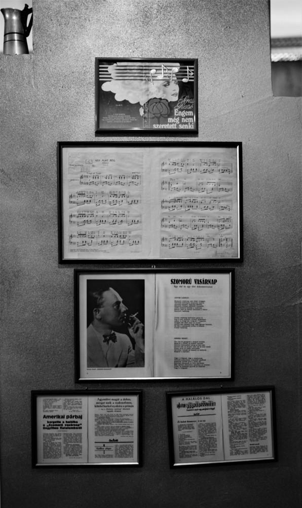 A Seress Rezső emlékfal a MALTeRben - Kocsmaturista