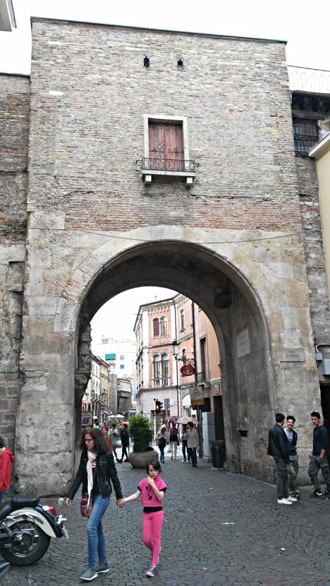 Porta Altinate, Padova - Kocsmaturista