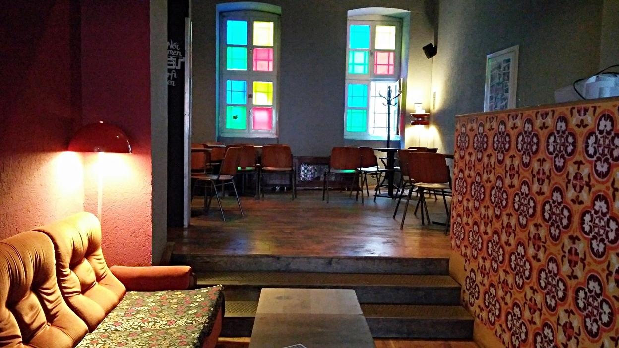 A Nappali hátsó helyisége Pécsen