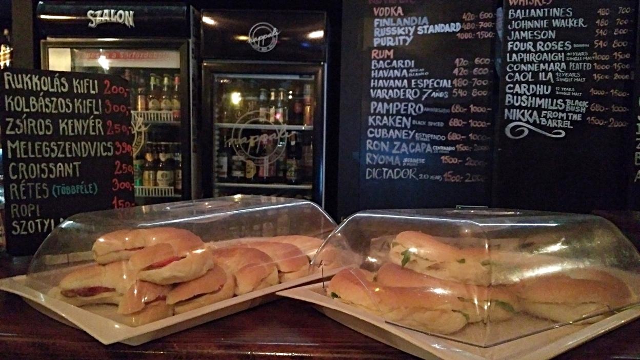 A Nappali kiflis szendvicsei - Pécs - Kocsmaturista