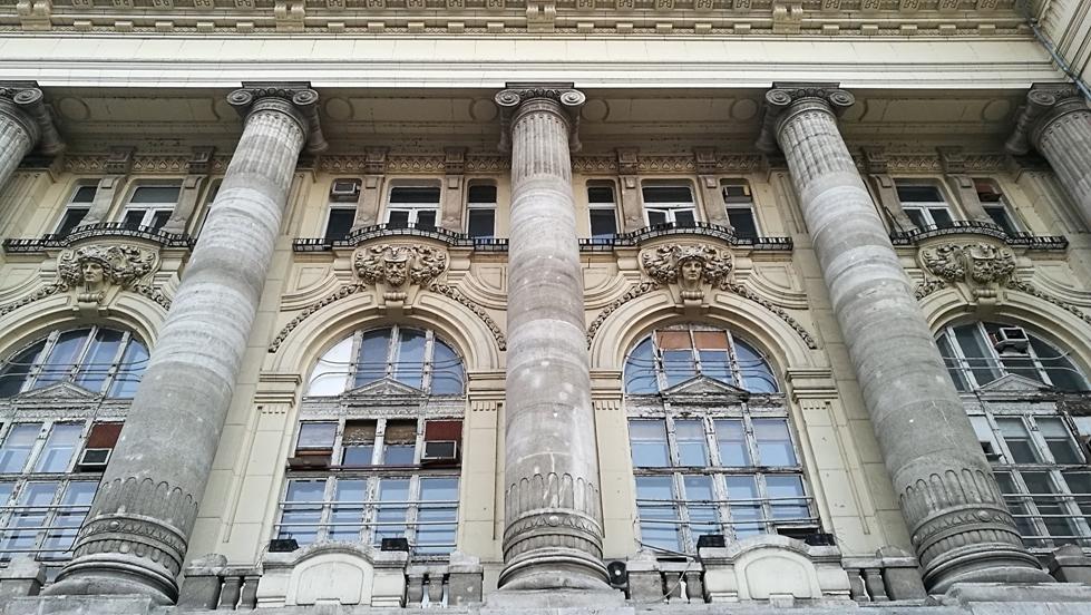 A Tőzsdepalota épülete Budapesten, Kocsmaturista