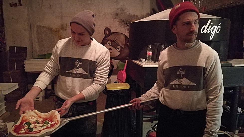 A digo és a pizza manufaktura az Impostorban, Budapest - Kocsmaturista