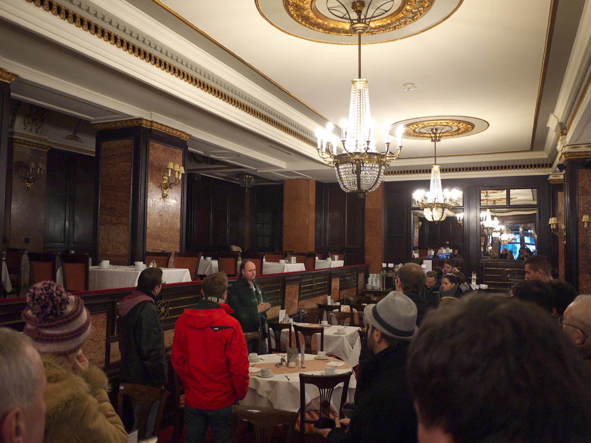 Előadás a Café Astoriában, Hosszúlépés, A pesti sör, Katona Csabával - Kocsmaturista