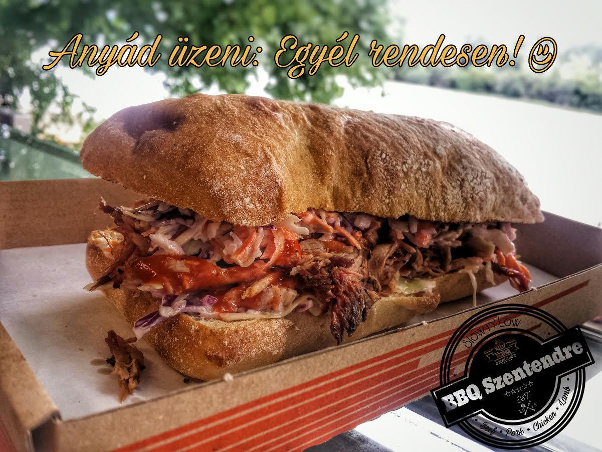Kocsmaturista, BBQ Szentendre - Pulled Pork szendvics