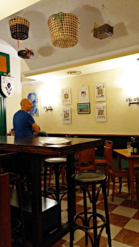 A Fradei Kempes Osteria éttermi része Padovában - Kocsmaturista
