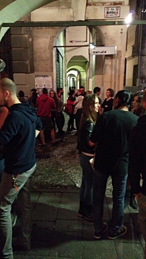 A kinti tömeg az Al Buscaglione előtt Padovában - Kocsmaturista