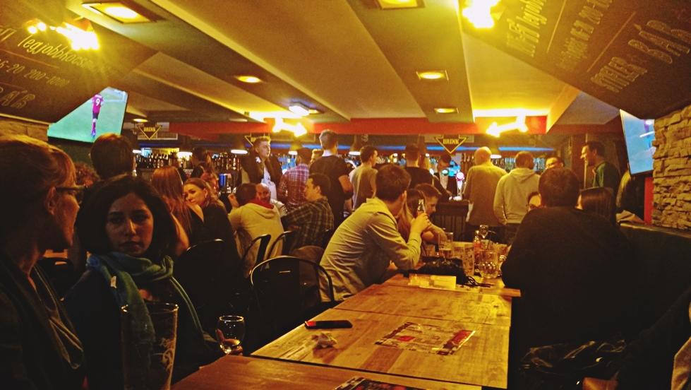 Az Utazó Fiatalok Kocsmája Esemény a Rákóczi úti Stifler barban Budapesten - Kocsmaturista