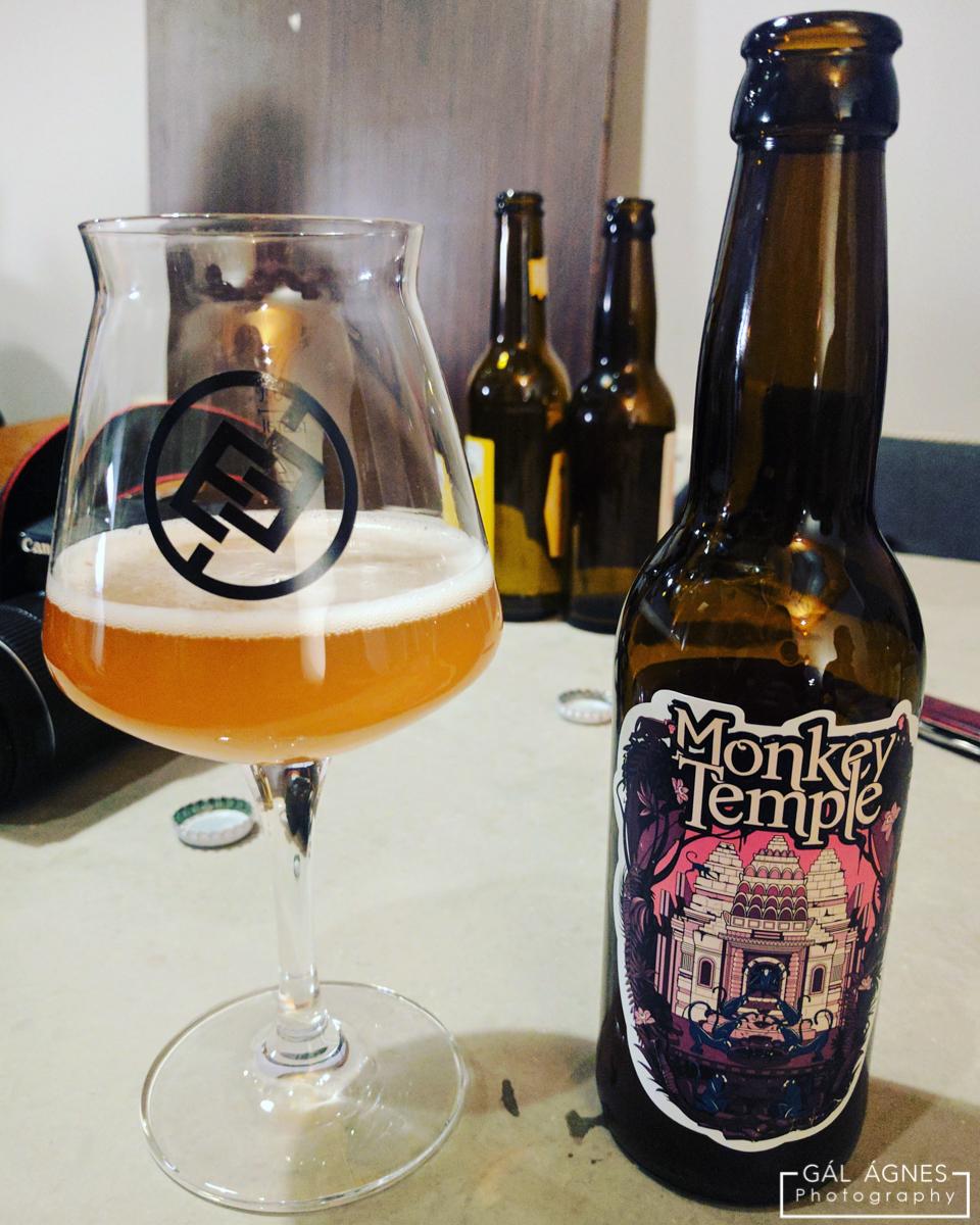 Kocsmaturista - Monkey Temple, a Mad Scientist söre az Élesztőben