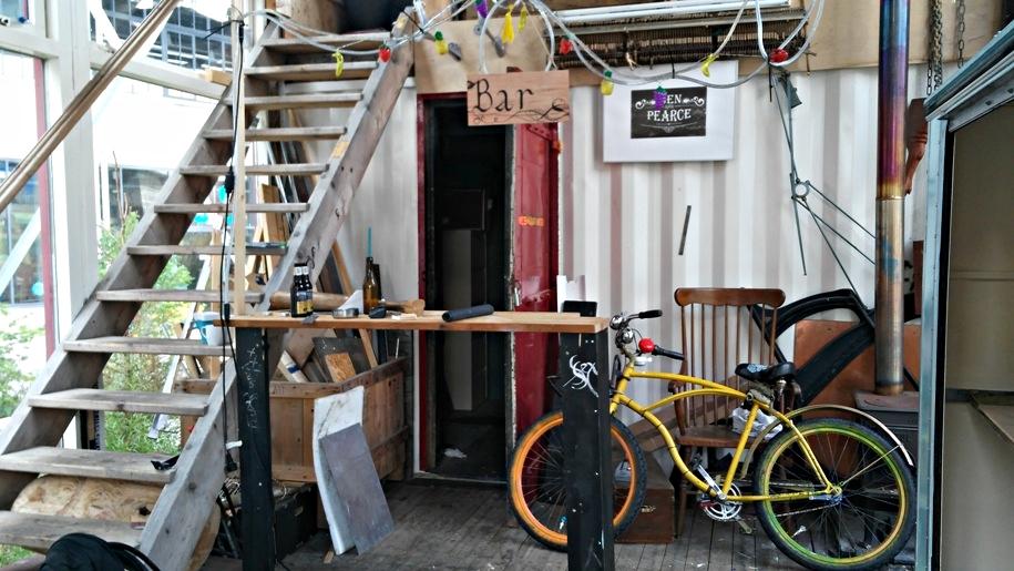 A Ben Pearce Pop Up Bar már nem működő tere Eindhovenen, Stripj-S városrész - Kocsmaturista