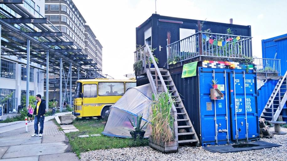 A Stripj-S szinte hollywoodi díszletvilága Eindhovenben - Kocsmaturista