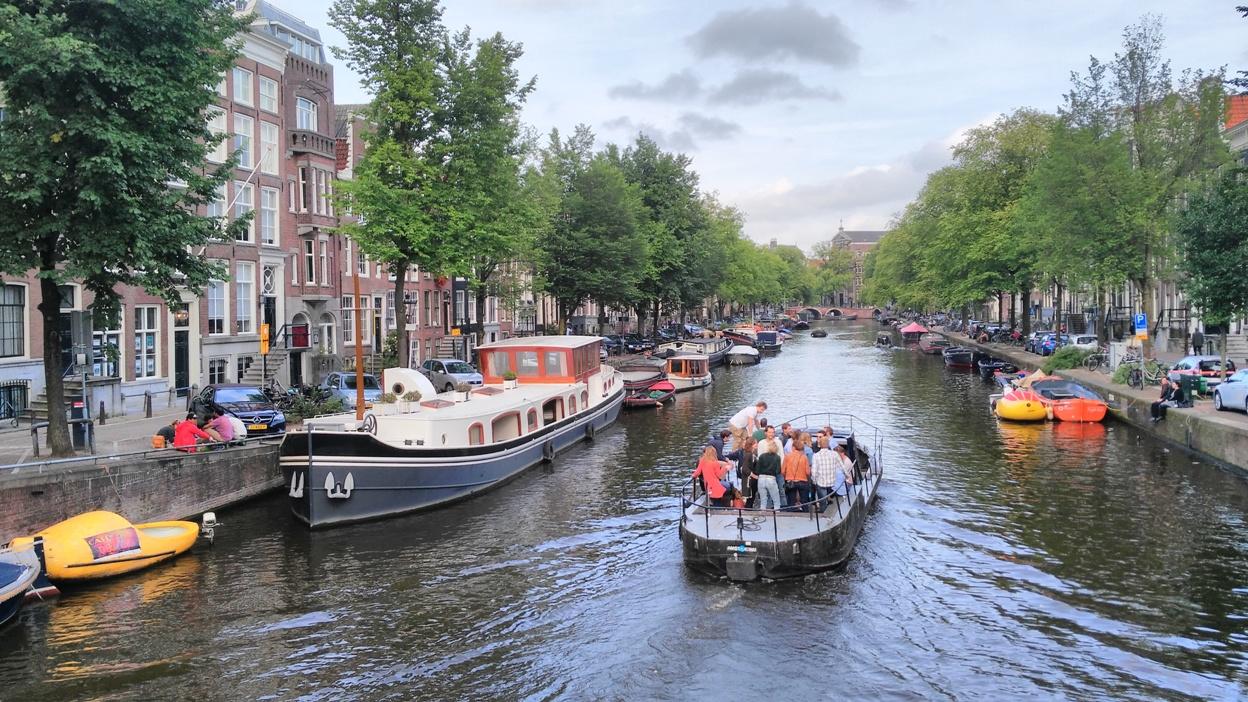 Példa az amszterdami kanálisokra - Kocsmaturista