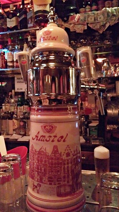 Amstel csap a Cafe de Dam-ban, Amszterdam - Kocsmaturista