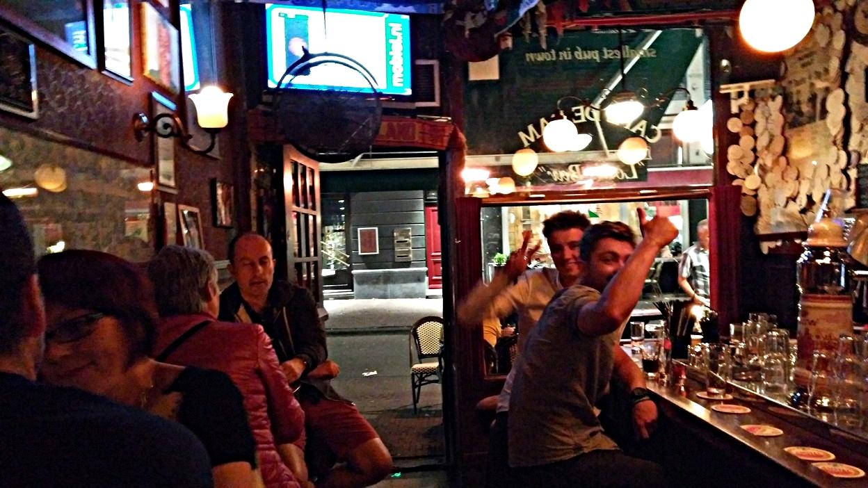 Ilyen kicsi a Café de Dam Amszterdamban - Kocsmaturista