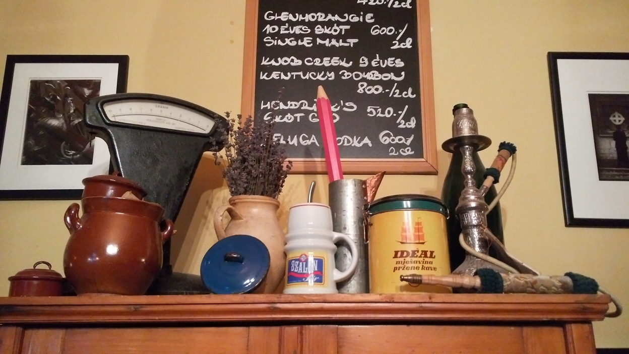 A Blöff Caffé polca - Kocsmaturista