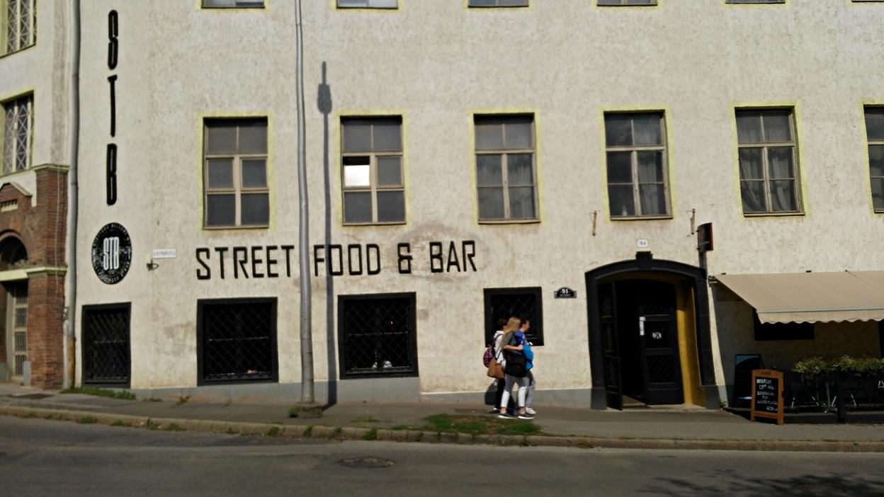 Stb Street Food and Bar - Kocsmaturista