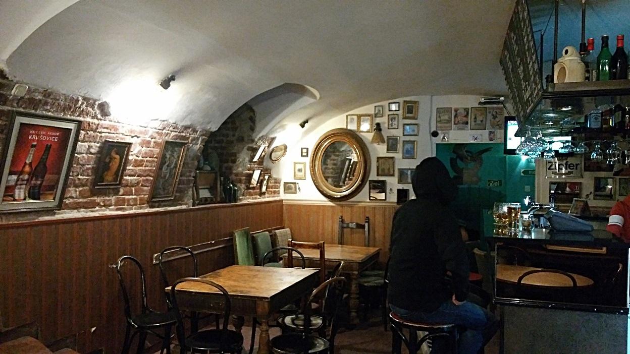 Monte Cristo, Pécs - Kocsmaturista
