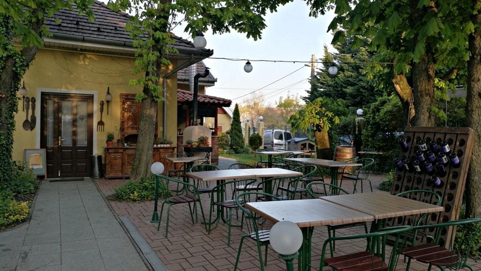 A Jardinette vendéglő kerthelyisége, Budapest, XII. kerület - Kocsmaturista
