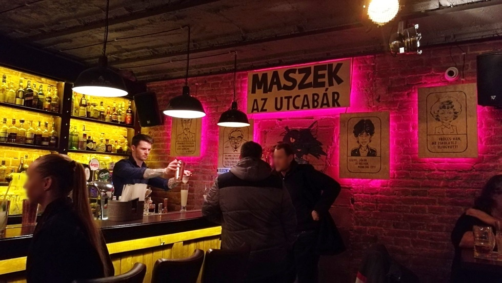 A Maszek Debrecenben - Kocsmaturista