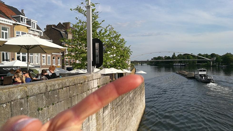A Maas folyó Maastrichtben, Hollandiában - Kocsmaturista