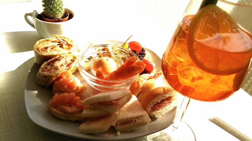 Pugliai kocsmák - Egy tál aperitivo egy Aperollal, Lecce - Kocsmaturista
