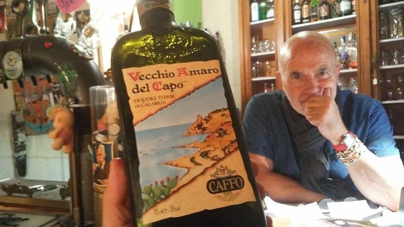 A Vecchio Amaro del Capo (A főnök öreg keserűje) Lecceben, a Dall'Antiquarioban - Kocsmaturista