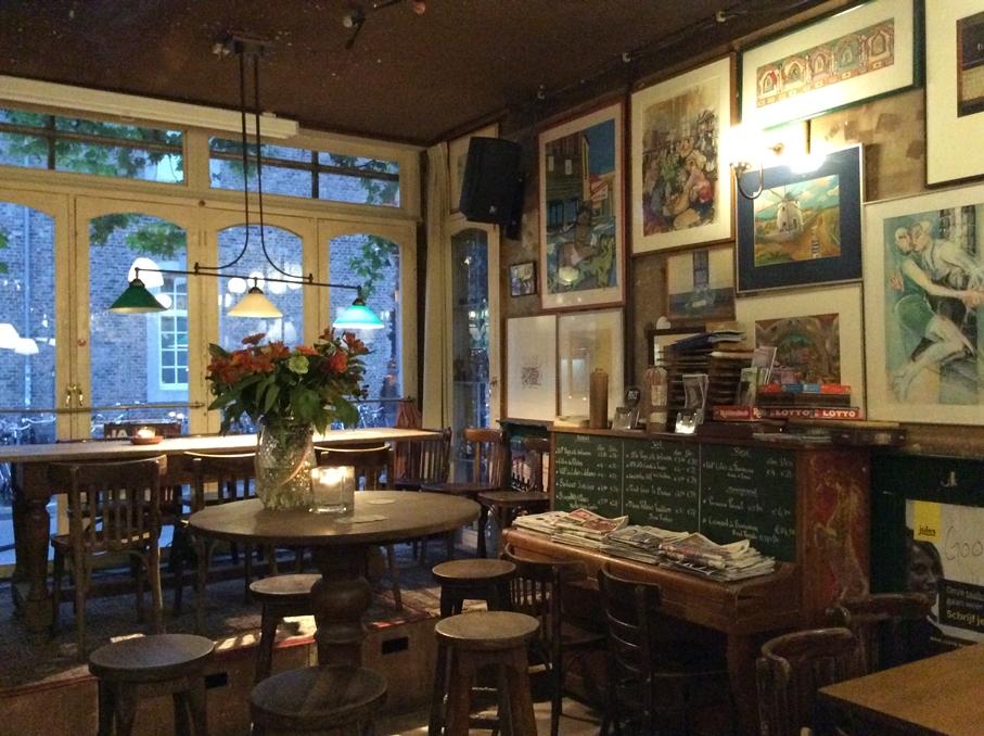 Egy maastrichti kocsma mind felett - Cafe de Pieter - Kocsmaturista