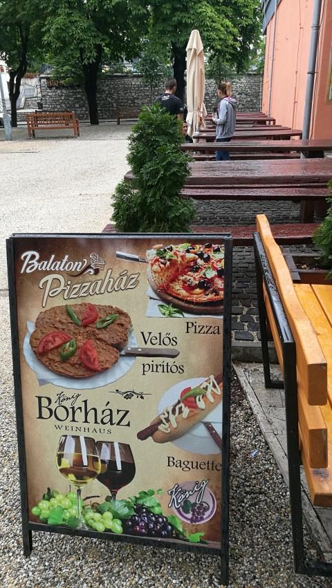 Balatonfüred kocsmái - Balaton pizzaház - Kocsmaturista