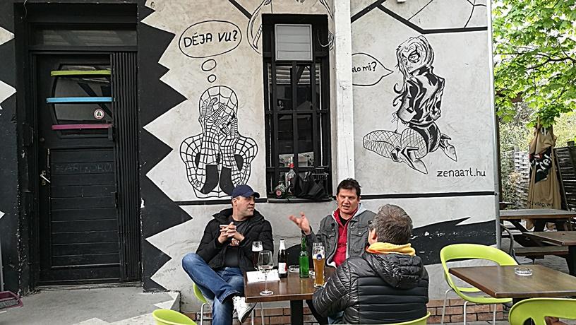Budapest kocsmái - Hard Pop Café, II. kerület - Kocsmaturista