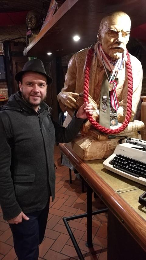 Pozsonyi kocsmák - Lenin szobor - KGB - Kocsmaturista