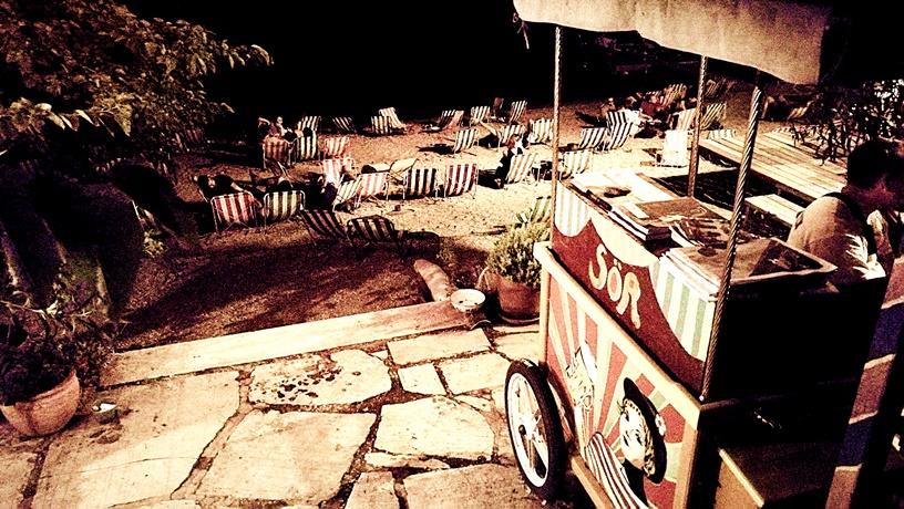 Római part - A Fellini kultúrbisztró székei - Kocsmaturista