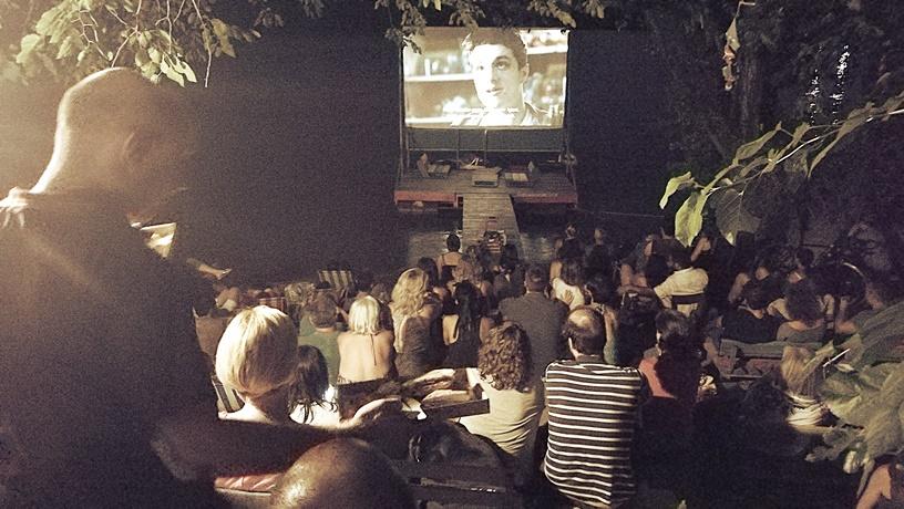 Római-part - Fellini filmvetítés - Kocsmaturista