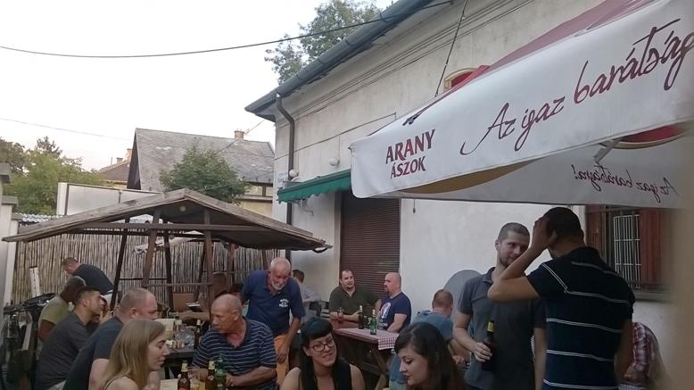 Piros Hetes Söröző Borozó - Zugló Budapest - Kocsmazáró Fesztivál - Kocsmaturista