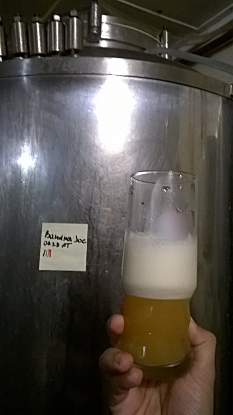Guri Sörfőzde - Jászapáti - Banana Joe, banános sör - Kocsmaturista