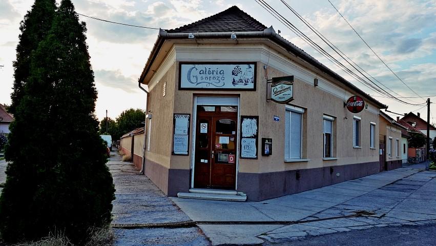 Cegléd kocsmái - Galéria Söröző kívülről - Kocsmaturista