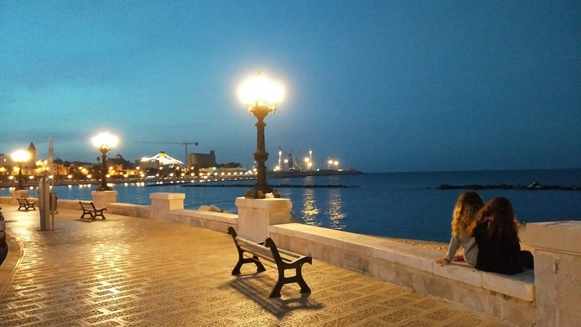 Bari barok - tengerpart - Kocsmaturista