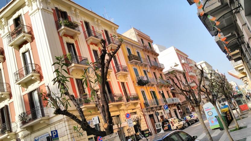 Bari barok - Belvárosi lakózóna - Kocsmaturista