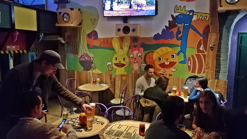 A 23 legérdekesebb budapesti kocsma - Happy Drink Bar - Kocsmaturista