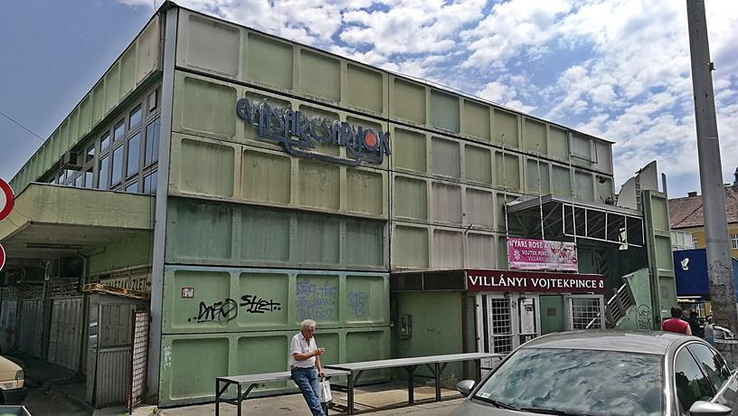 Pécs kocsmái - Vásárcsarnok - Kocsmaturista