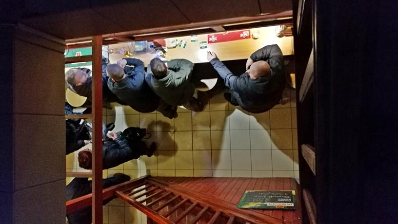 Miskolci kocsmák - Piac Presszó felülről - Kocsmaturista