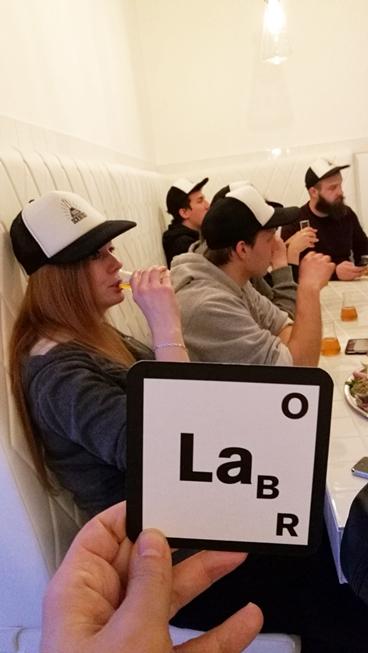 Labor Berlin megnyító - A Mad Scientist csapata - Kocsmaturista