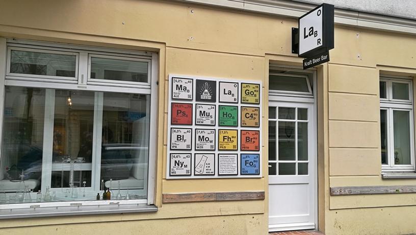 A Labor Berlin kívülről - Kocsmaturista