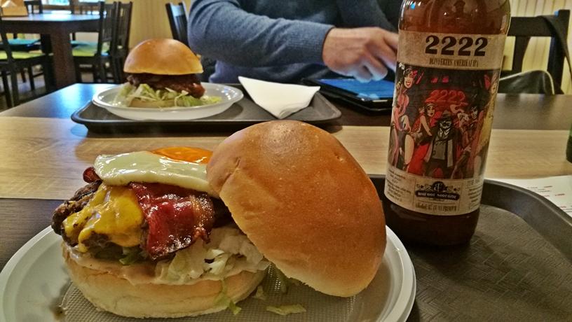 Székesfehérvár kcosmái - Big Daddy hamburger és sör - Kocsmaturista