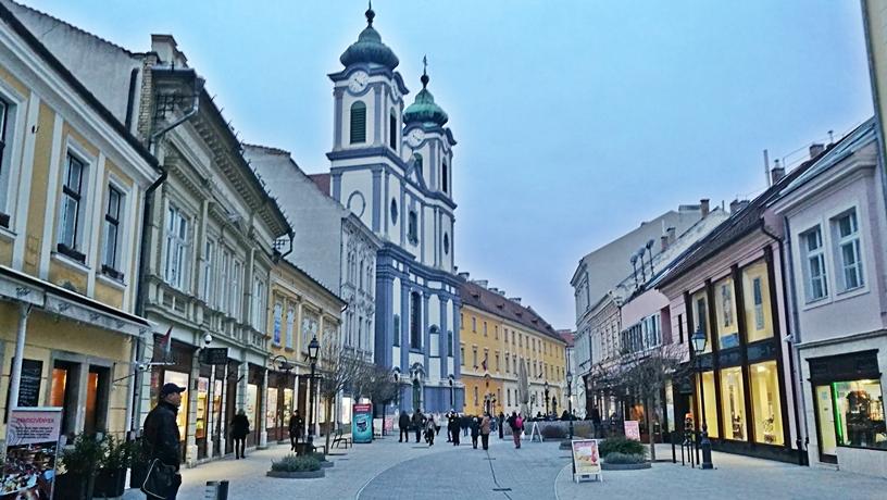 Székesfehérvár kocsmái - Fő utca - Kocsmaturista