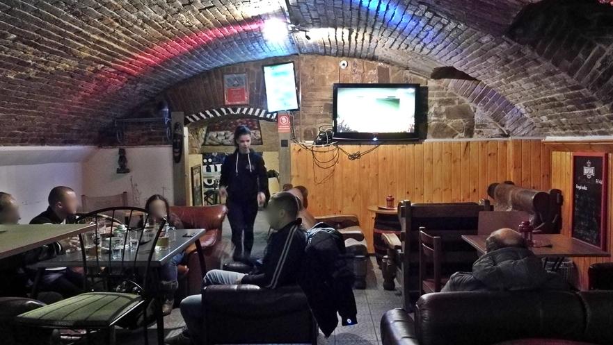 Székesfehérvár kocsmái - Varkocs Old Pub pincevilága - Kocsmaturista