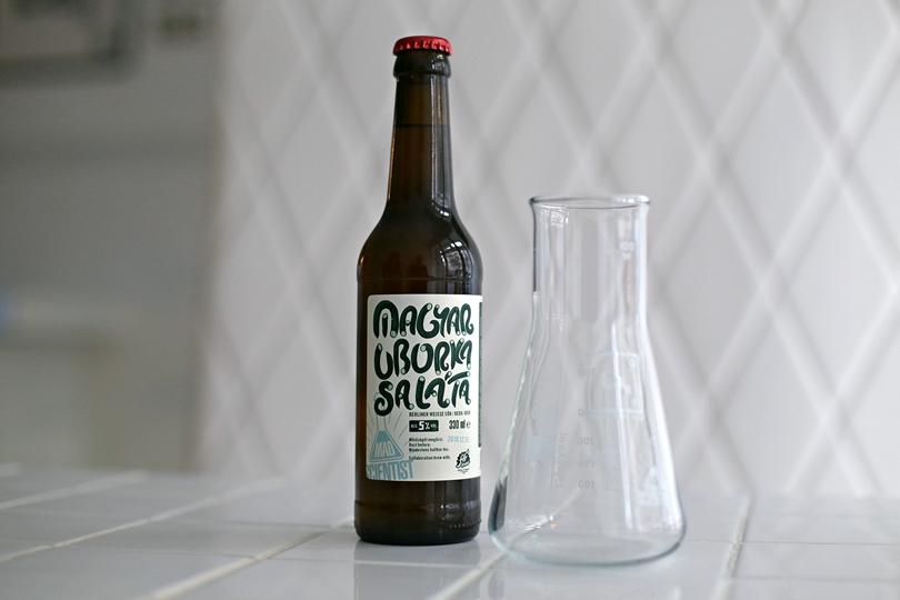 Berlin Labor megnyitó - Mad Scientist - Magyar Uborkasaláta sör - Kocsmaturista