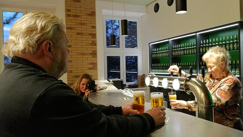 Dreher Pale Ale és Asahi Super Dry Újdonságok - Dreher Dolgozói Pub 2018 - Kocsmaturista