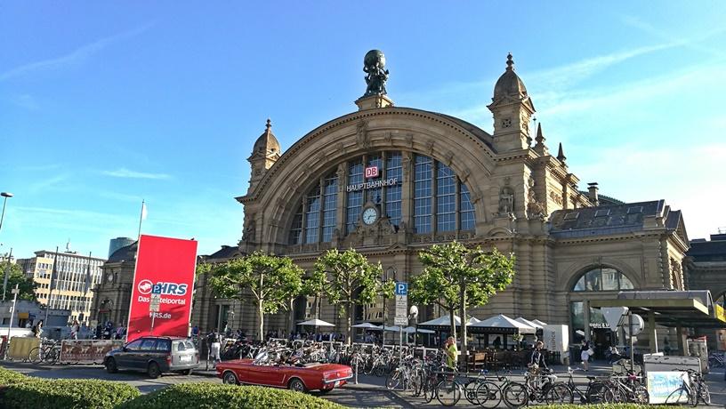 Frankfurt kocsmái - Hauptbahnhof - Kocsmaturista